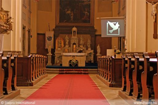 hátulról vetítés - Esztergom - Belvárosi templom